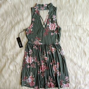 Sky and Sparrow Floral Dress size S